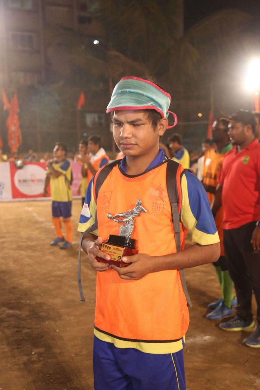 Gabriel with trophy