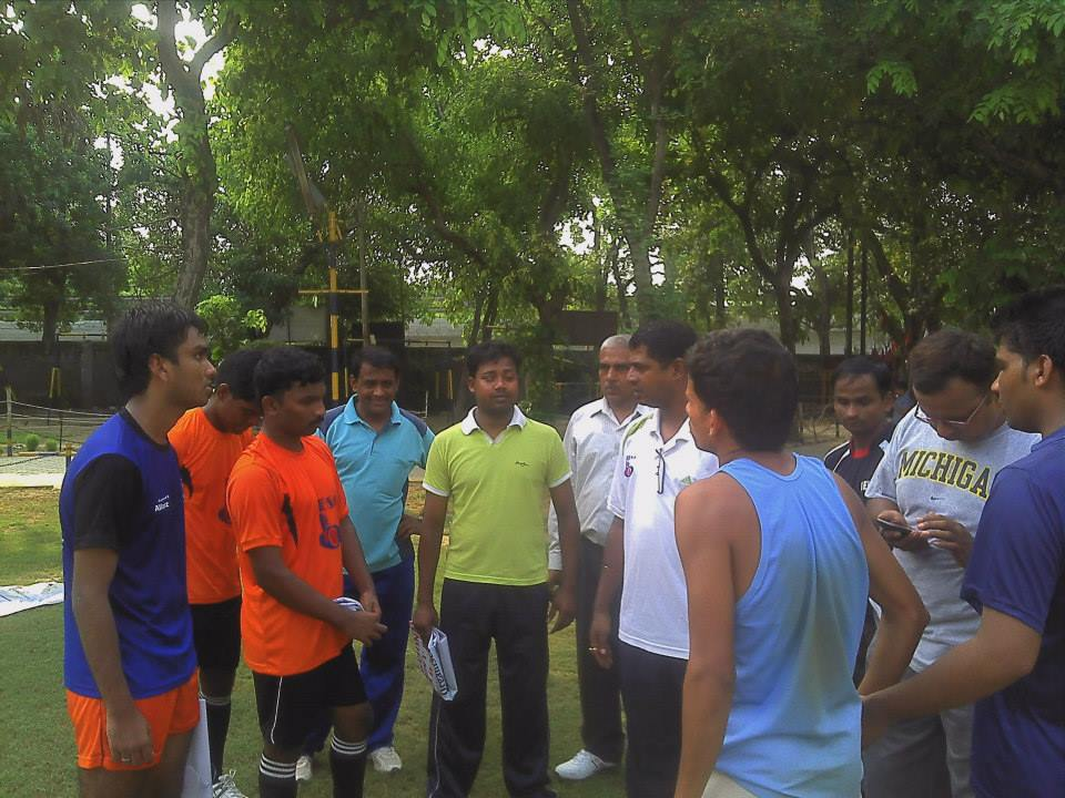 Practicing discussions indian blindfootball team members
