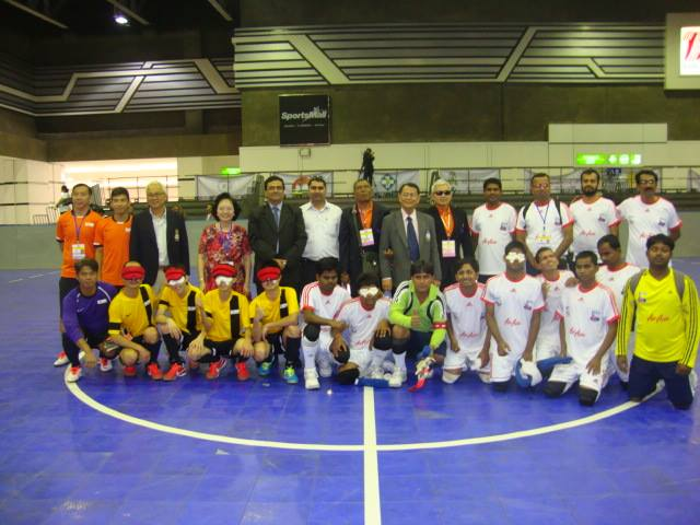 Indian blindfootball team with the Hong Kong team