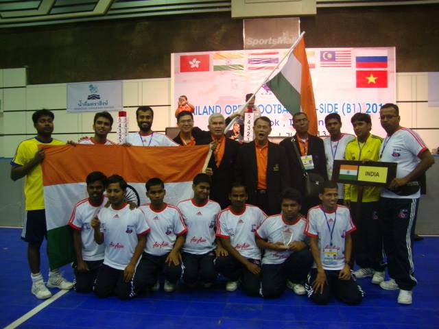 The team with the Thai Organisers