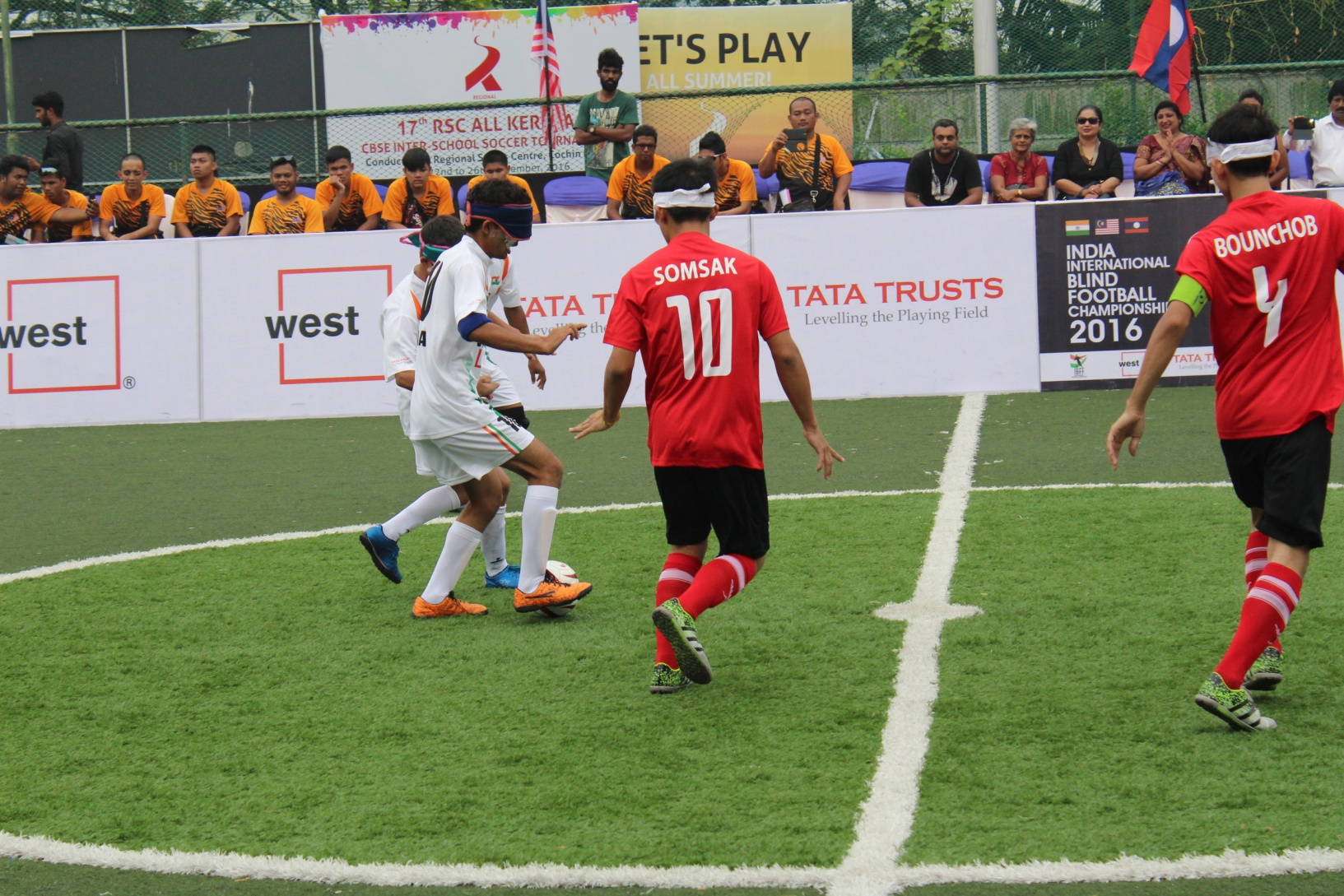Tackling of players