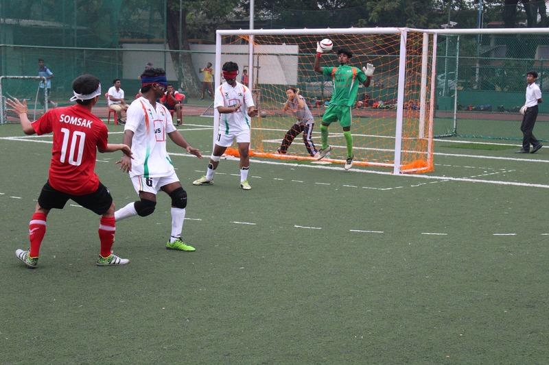 Indian team goal keeper catch ball
