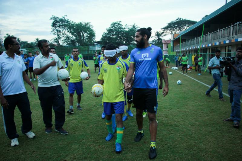 sandesh jhingan with srvc players