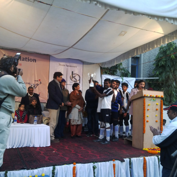Giving runners up trophy to srvc team  IBSA National B1 Blind Football Championships - Delhi, Jan 2015