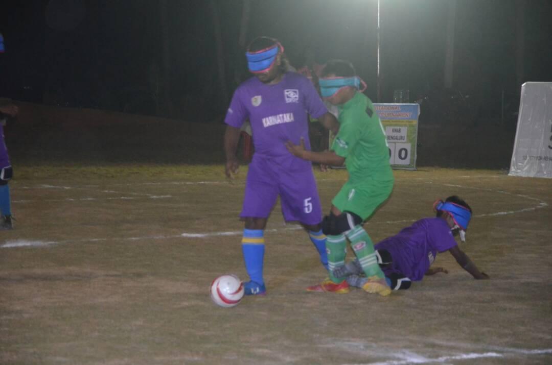 karnataka player attacking